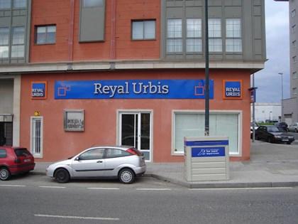 S26 — Local en Avda Arteixo 114 (La Coruña)