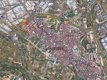 S25 — Local en planta baja en Residencial Mediterrani I (Paterna, Valencia)