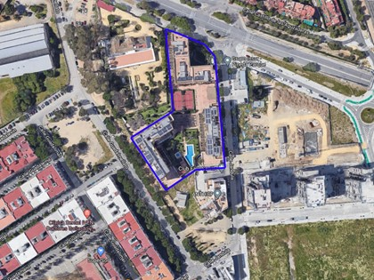 B22 - 1 house with 4 bedrooms, 5 houses with 3 bedrooms, 1 house with 2 bedrooms, 4 parking spaces and 2 storage rooms in Residencial Palmera Parque Phase 1 (Seville)