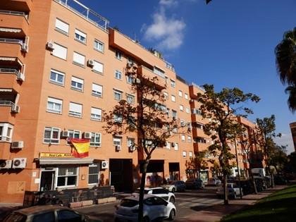 Lote compuesto por el 50% de una vivienda y el 50% de una plaza de garaje en Valdemoro (Madrid) - Fincas registrales 27934 y 27675 RP Valdemoro