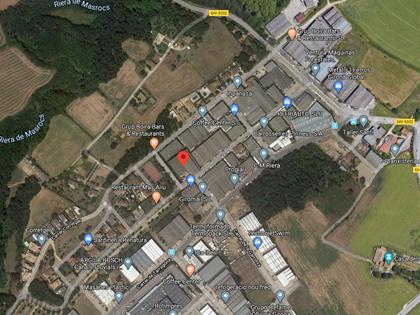 Edificación industrial en Aiguaviva (Girona). FR 242 del RP de Girona nº3