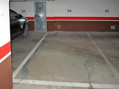 Plaza de garaje nº 24 en Calle Benito Pérez Galdos de Burgos. Parte indivisa FR 41044 del RP de Burgos nº4