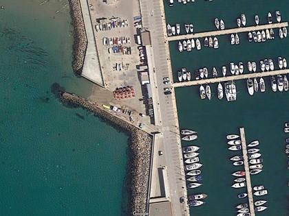 """Derecho de uso y disfrute conc. administrativa """"Local comercial  TA5"""" en Puerto Segur de Calafell, (Tarragona). FR 38955 RP Calafell"""