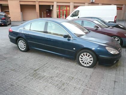 Peugeot matrícula 7581 CGZ