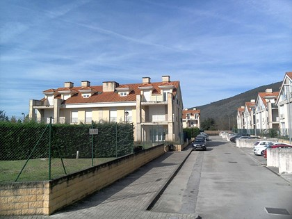 """Garaje N.º 1 Edificio 8 """"Urbanización Vega Grande"""", Castañeda (Cantabria). FR 17889 del RP de Villacarriedo"""