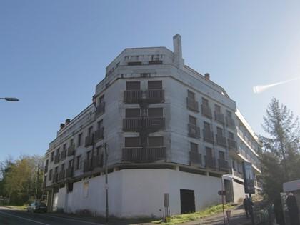 Edificio en construcción en Negreira, ( La Coruña). FR 27323 RP Negreira