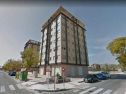 Vivienda planta 1ª, Torre 1, tipo 1C, pta 3 con garaje nº 2 y trastero nº 3 en Algemesí (Valencia). FR 39464 RP Algemesí