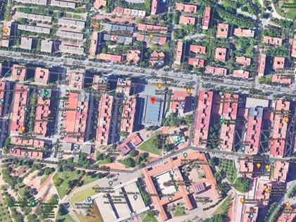 Concesión Administrativa  plaza aparcamiento situada en el Mercat Munipal Guineueta de Barcelona.