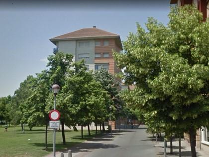 Garaje nº 19 y trasteros A y B en Pl Joan Miro de Logroño. Parte indivisa FR 9131 RP Logroño 1