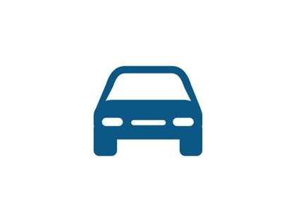 Lote de 10 vehículos (turismos e industriales).