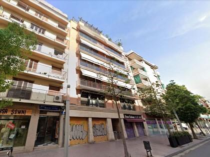 Local comercial en calle Vèlia de Barcelona. FR 7781 RP Barcelona 25