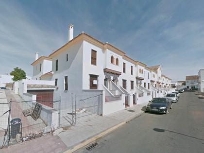 Lote compuesto por 53 garajes y 5 trasteros situados en Cartaya, (Huelva). Inscritos en el RP Huelva nº 1