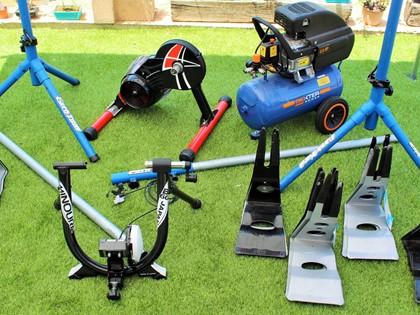 Lote de elementos para taller de ciclismo