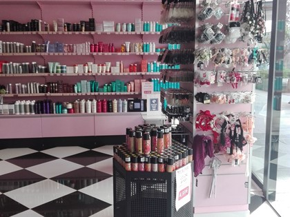 Lot of hairdressing products