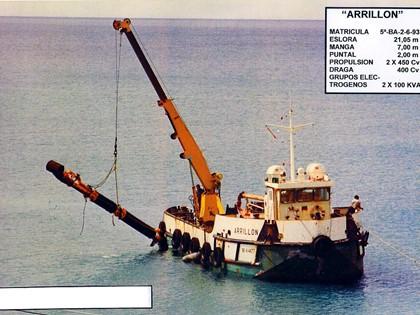 """Embarcación denominada """"Arrillón"""""""