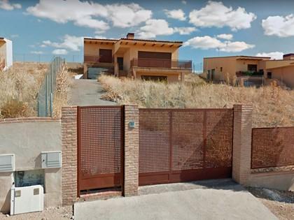 Parcela con vivienda unifamiliar aislada en calle Autillo 23 de Layos, (Toledo). FR 5/1490 RP Toledo nº 2