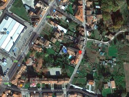 Local comercial en Carretera Vella de la Deu de Olot, (Gerona). FR 33038 RP Olot